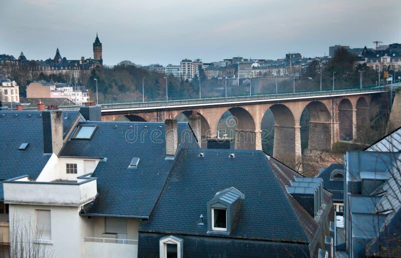 Viaduc ferroviaire au Luxembourg image stock