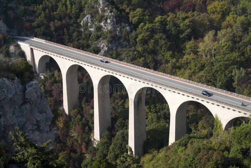 Viaduct in Alpen stock afbeeldingen