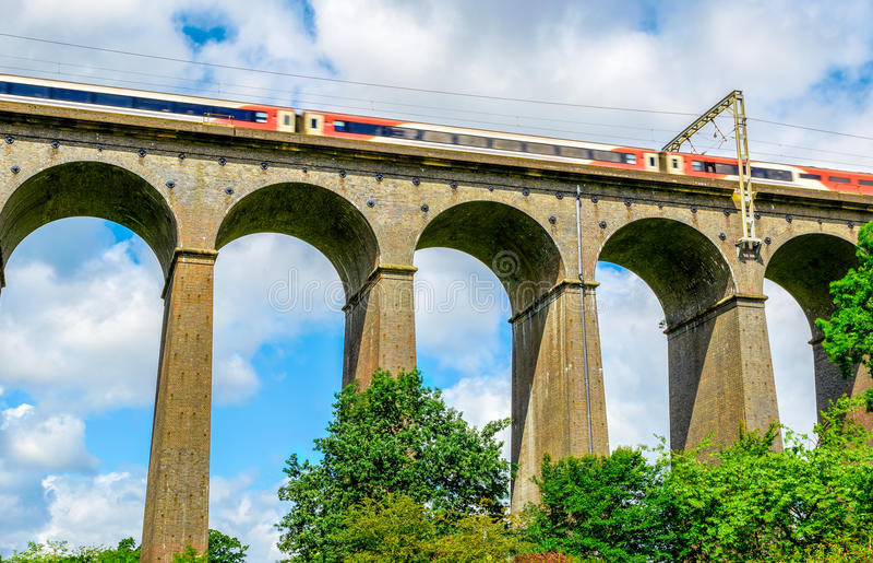 Viaducto de Digswell en el Reino Unido fotografía de archivo