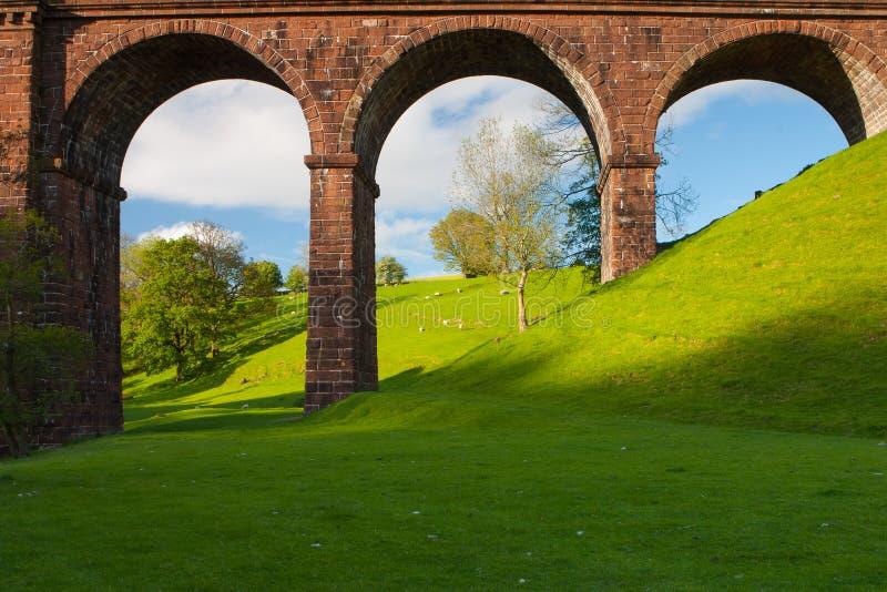 Viaducto de Lune en los valles parque nacional, Gran Bretaña de Yorkshire imágenes de archivo libres de regalías
