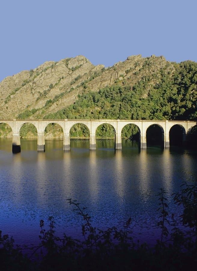 Viaducto ferroviario foto de archivo