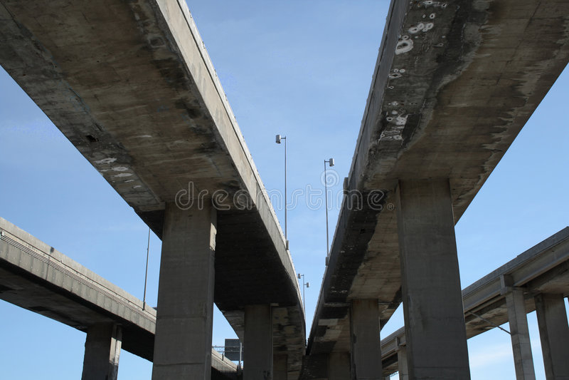 Viaducts urbanos da estrada fotografia de stock