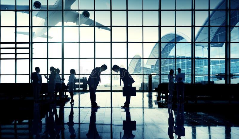 A viagem de negócios do aeroporto internacional curva para baixo o conceito imagem de stock royalty free