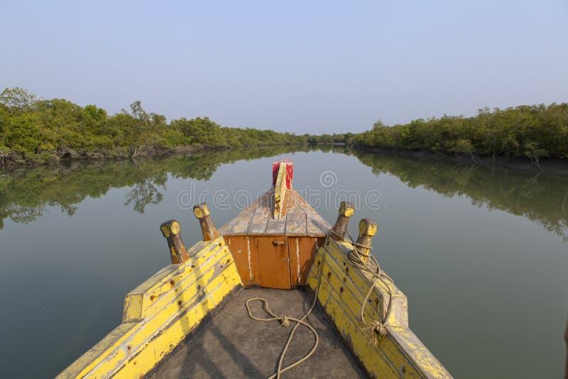 Barco no Sundarbans fotos de stock