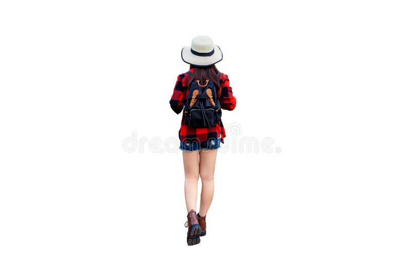 Viaggiatore della donna con lo zaino isolato su fondo bianco fotografia stock libera da diritti