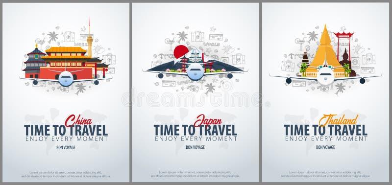 Viaggio in Cina, nel Giappone ed in Tailandia Tempo di viaggiare Insegna con l'aeroplano e scarabocchi di a mano tiraggio sui pre illustrazione vettoriale