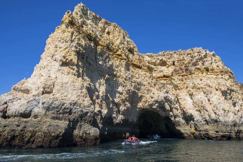 Viaggio della barca nell'Algarve fotografie stock libere da diritti