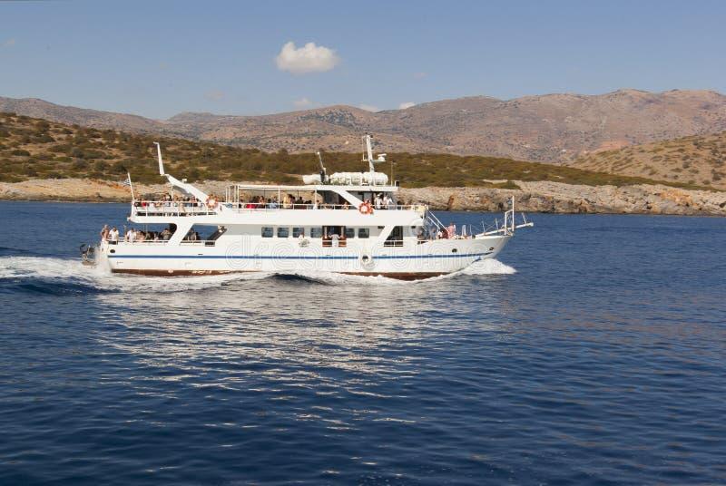 Viaggio della barca sulle isole del mare adriatico fotografia stock