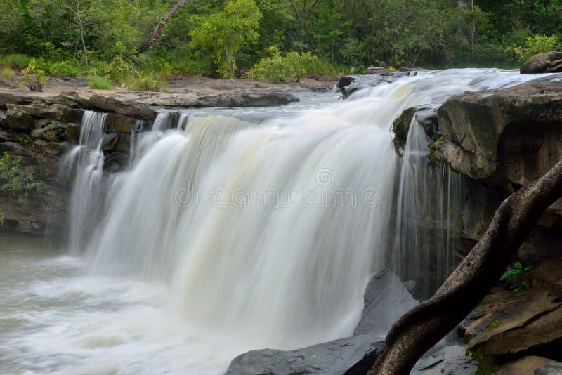 Viaggio della cascata in Tailandia fotografie stock libere da diritti