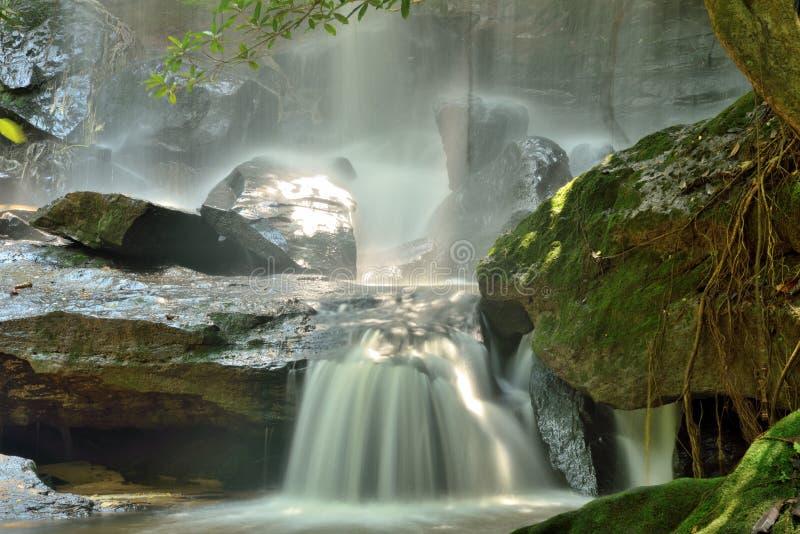 Viaggio della cascata in Tailandia immagine stock