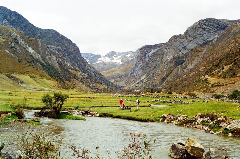 Viaggio di Huayhuash, Perù fotografia stock