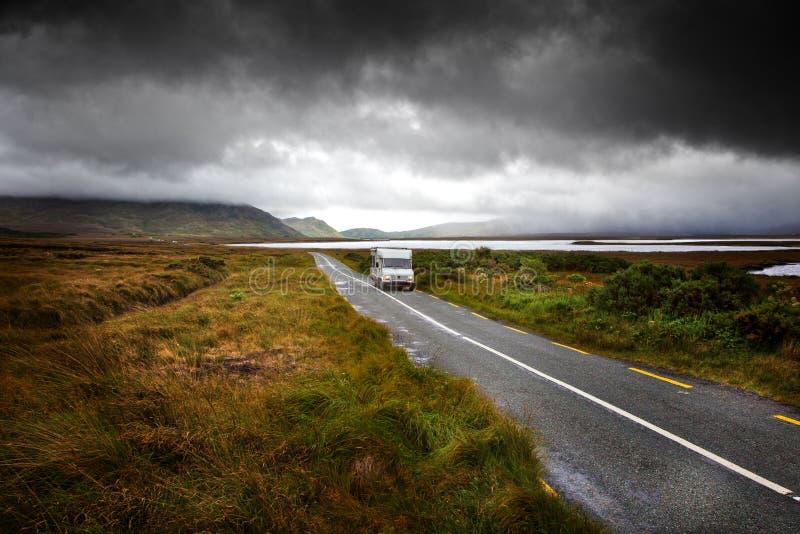 Viaggio stradale in Connemara fotografie stock