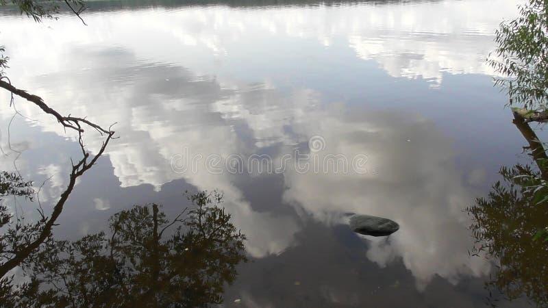 Viaggio sul fiume Volga nella regione di Tver' immagini stock