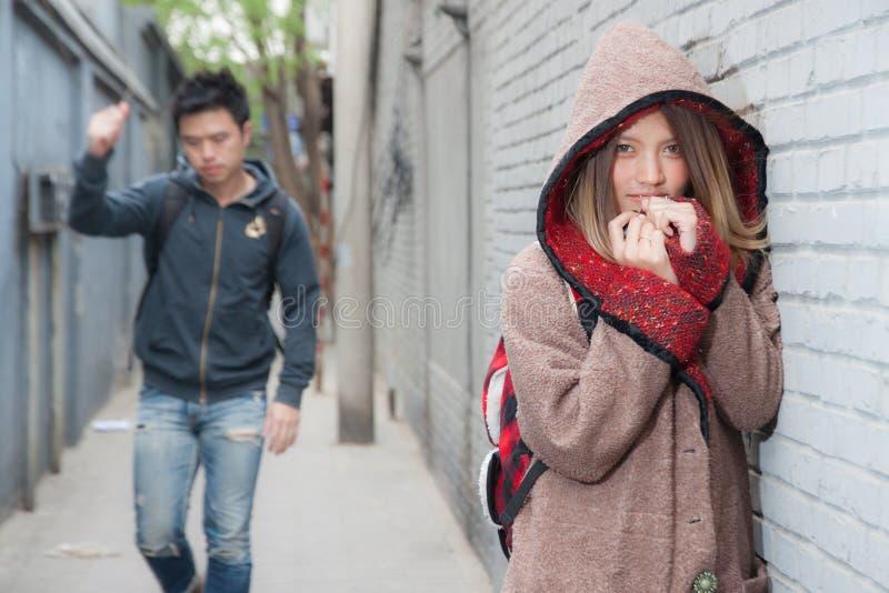 Viajante tailandês do amante em Hutong foto de stock royalty free