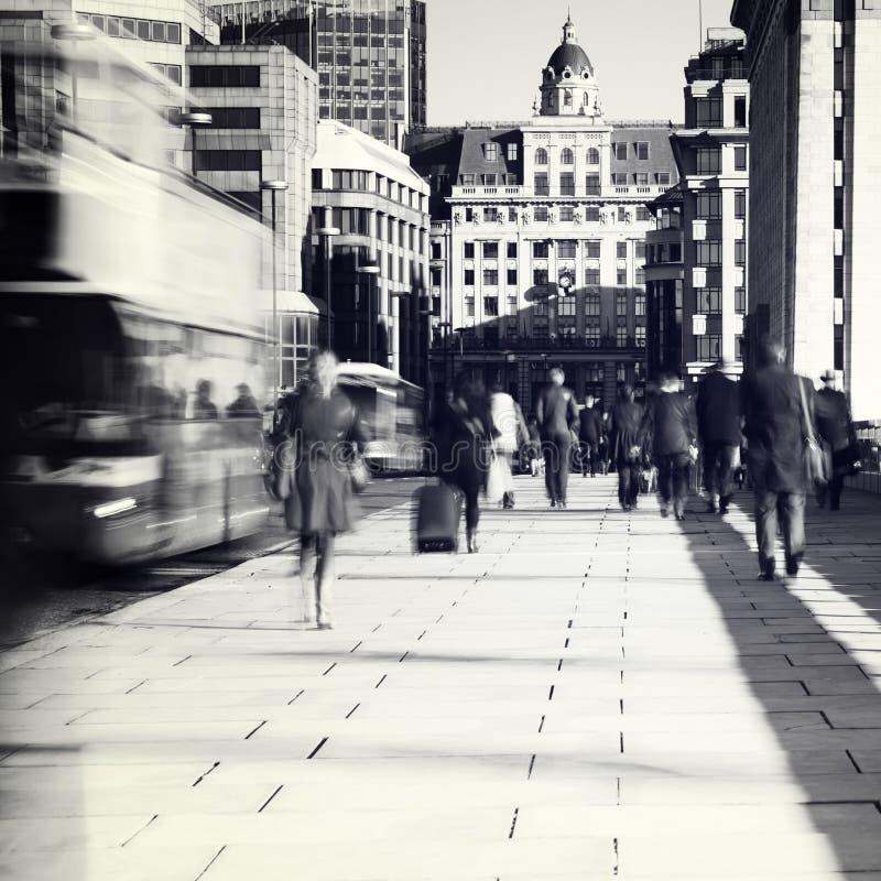 Viajantes de bilhete mensal em Londres fotos de stock