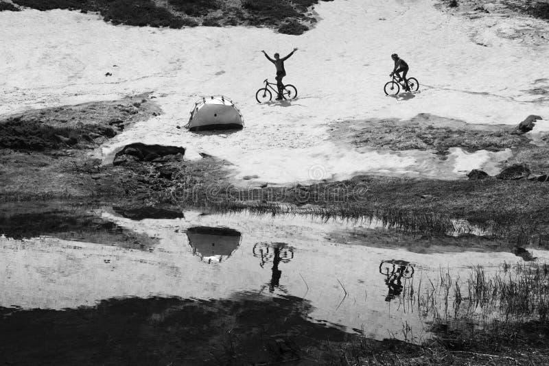 Viaje con los lagos Cárpatos foto de archivo libre de regalías