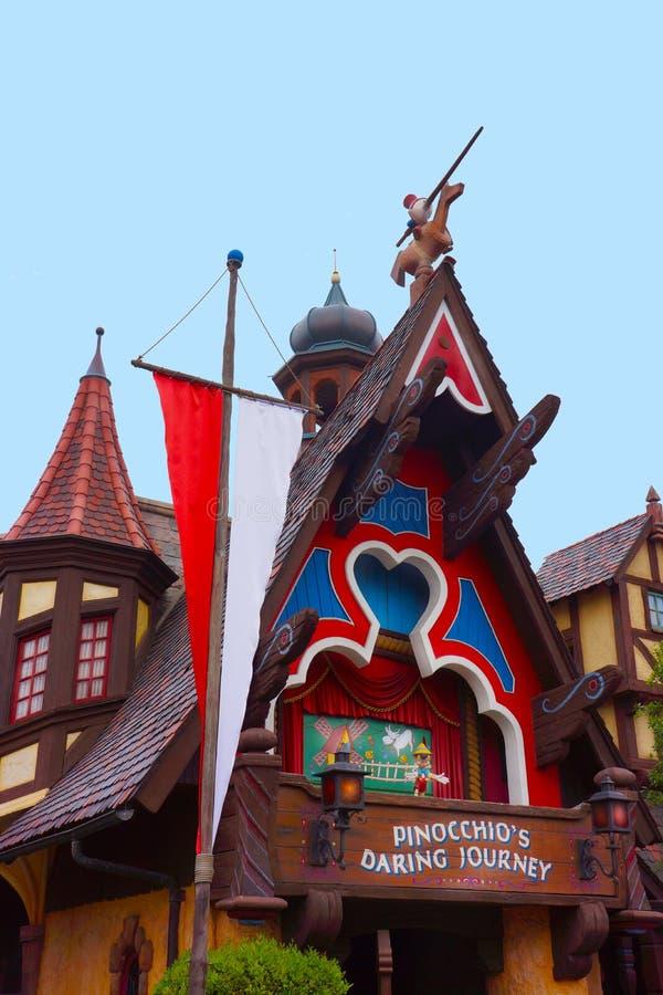 Viaje de atrevimiento de Disney Pinocchio foto de archivo libre de regalías