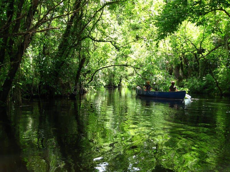 Viaje de la canoa imagenes de archivo