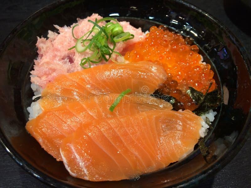 Viaje de la comida de Salmon Sake Osaka Kansai Japan fotografía de archivo libre de regalías