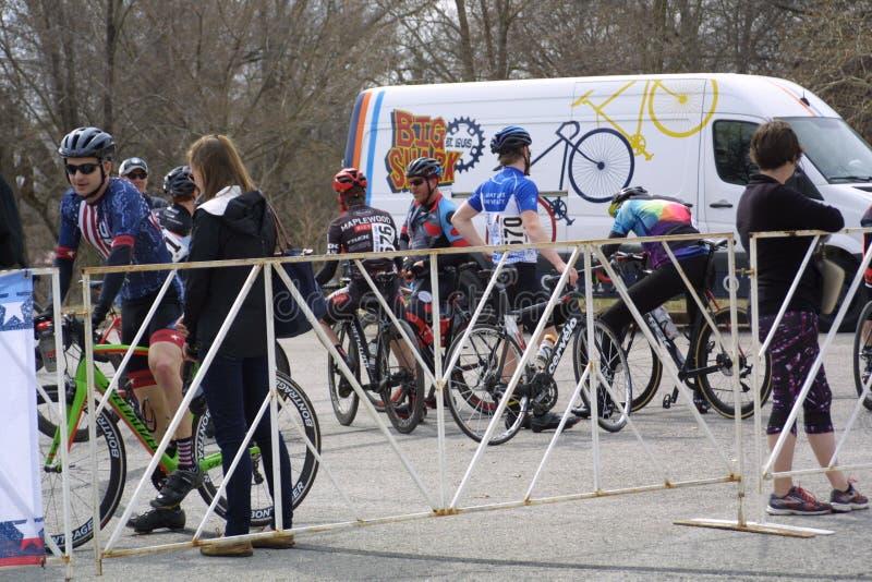 Viaje de la raza 2019 del circuito del St Louis- Carondelicious XVII imagenes de archivo