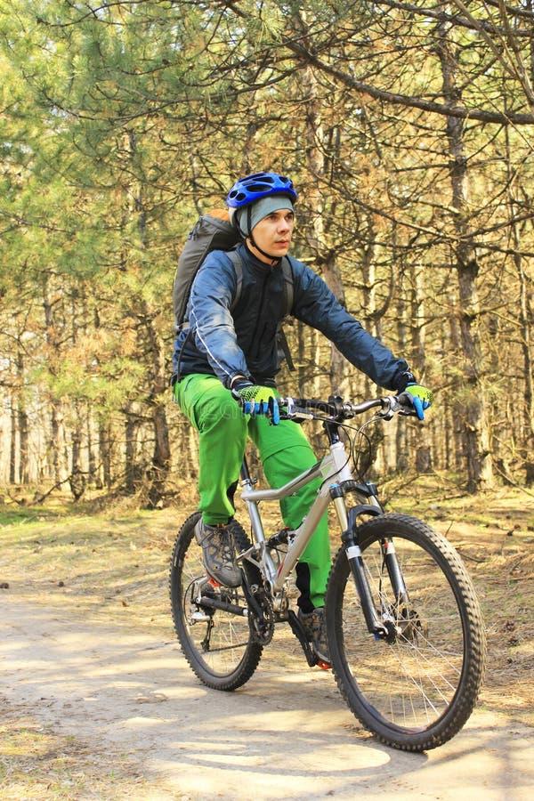 Viaje en bici imagen de archivo libre de regalías