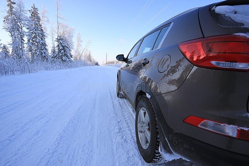 Viaje por carretera del invierno imagenes de archivo