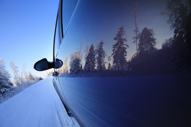 Viaje por carretera del invierno fotos de archivo libres de regalías
