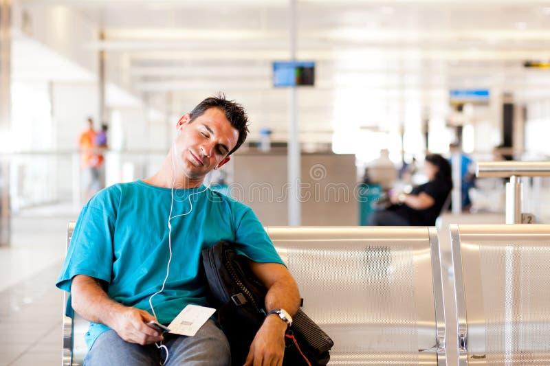 Viajero cansado imagen de archivo