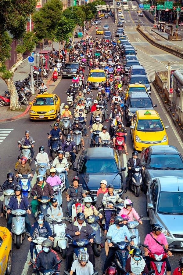 Viajeros en Taipei - Taiwán imagen de archivo libre de regalías