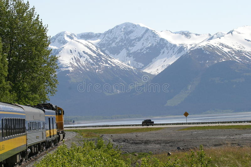 Viajes de Alaska del ferrocarril fotos de archivo libres de regalías