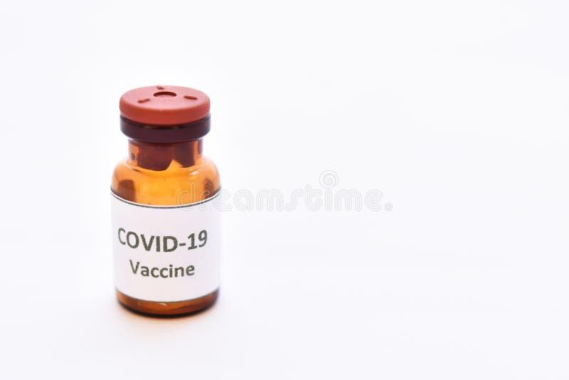 Vial de la vacuna de virus COVID-19 para inyección fotografía de archivo