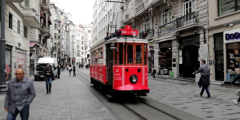 Viale di Ä°stiklal, Costantinopoli fotografia stock libera da diritti