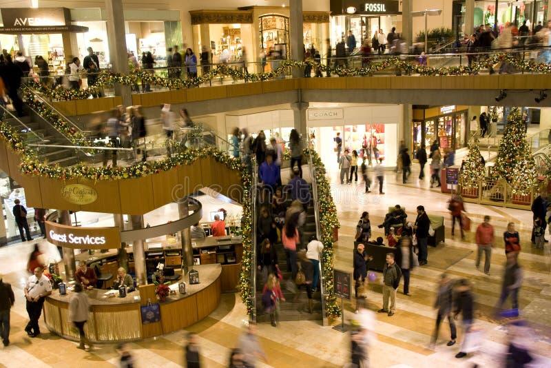 Viale di shopping di festa fotografia stock