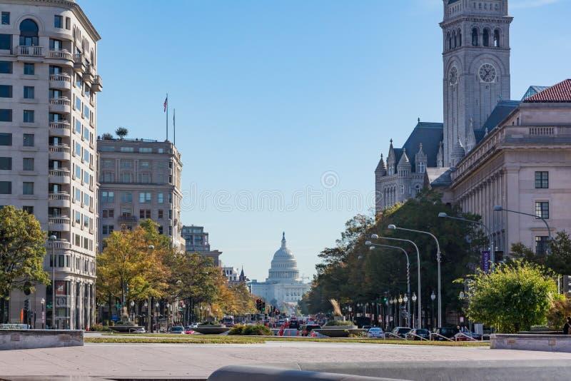 Viale Nove della Pensilvania di luce del giorno della costruzione del Campidoglio degli Stati Uniti del Washington DC fotografie stock
