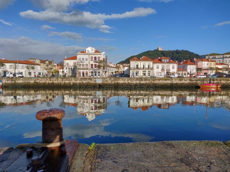 Viana do Castelo cityscape 's ochtends vroeg royalty-vrije stock fotografie