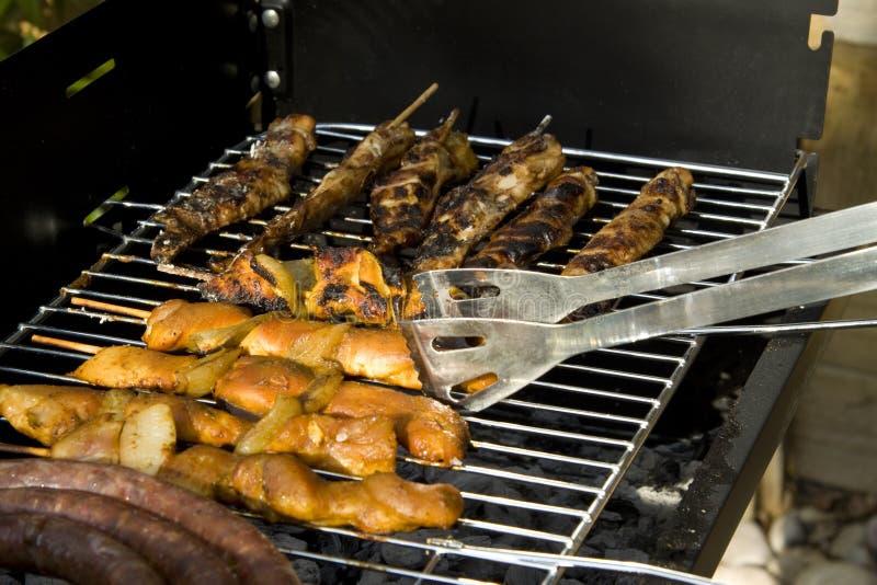 Viande de BBQ sur le gril photo libre de droits