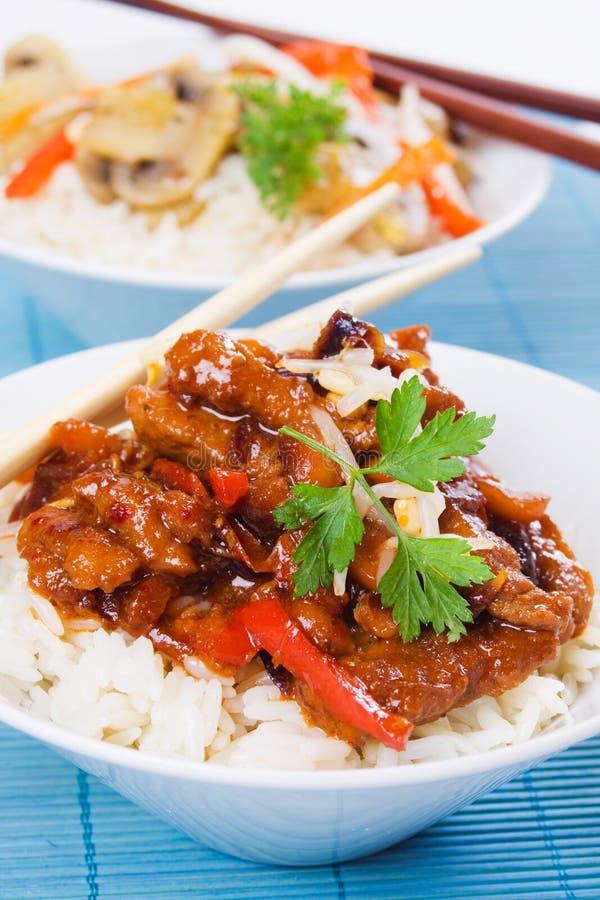 Viande de porc chinoise avec du riz photo libre de droits