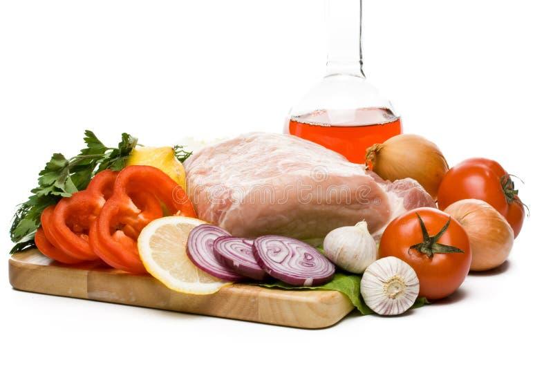Viande fraîche avec des légumes photo libre de droits