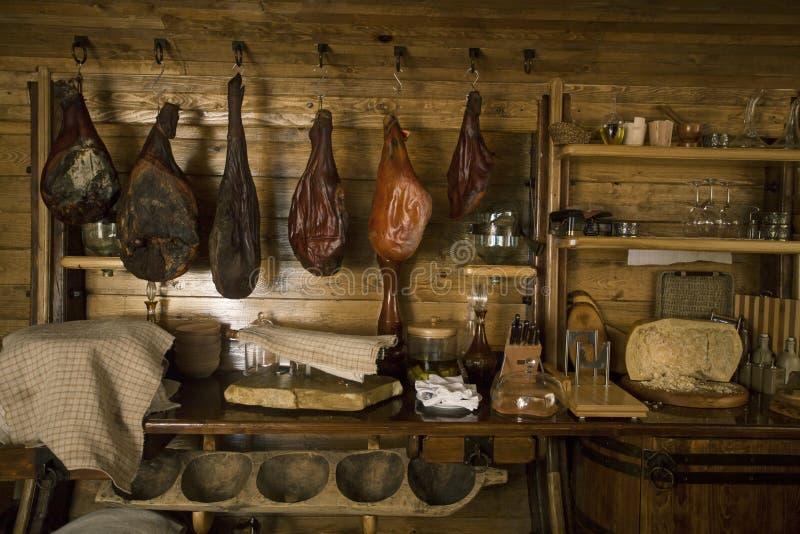Viande fumée dans le grenier photo stock