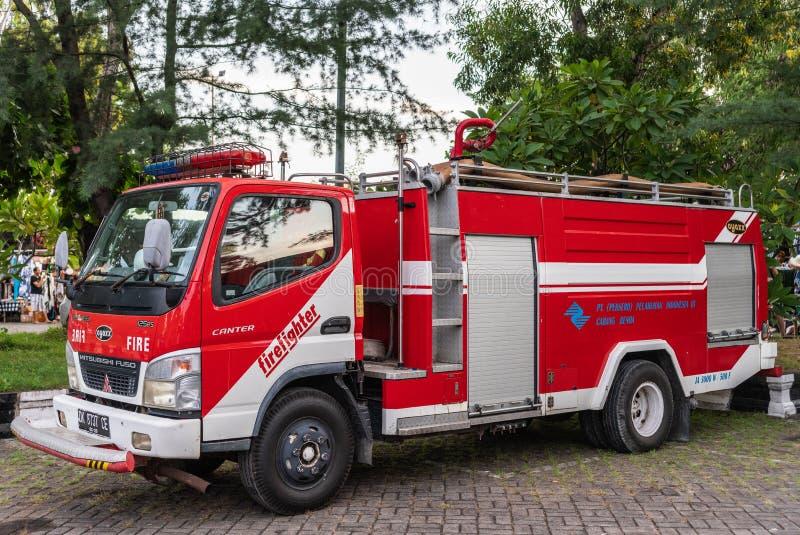 Viatura de incêndio em Denpasar, Bali Indonésia fotos de stock