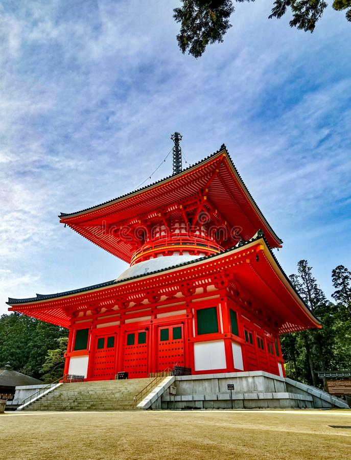 The vibrant red Konpon Daito Pagoda in the Unesco listed Danjo Garan shingon buddhism temple complex in Koyasan, Wakayama, Japan stock image