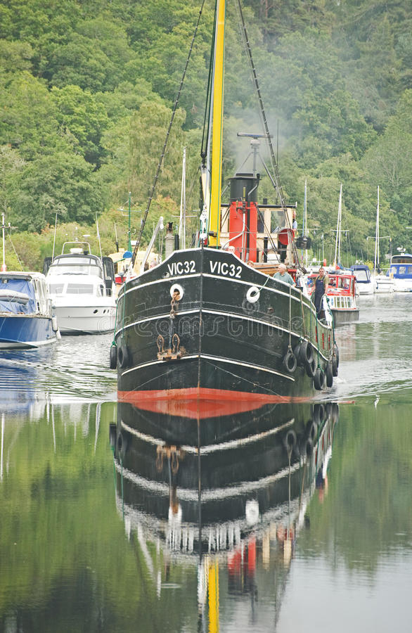 Download VIC 32 On The Caledonian Canal. Editorial Photography - Image of boat, funnel: 16153012