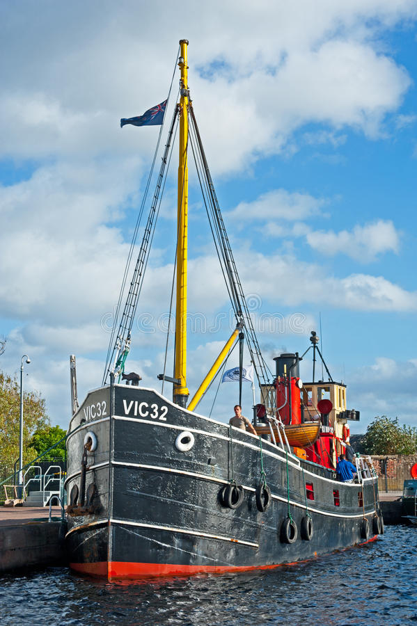 Download VIC SL32 The Last West Coast Puffer. Editorial Stock Image - Image of muirtown, boat: 26694914