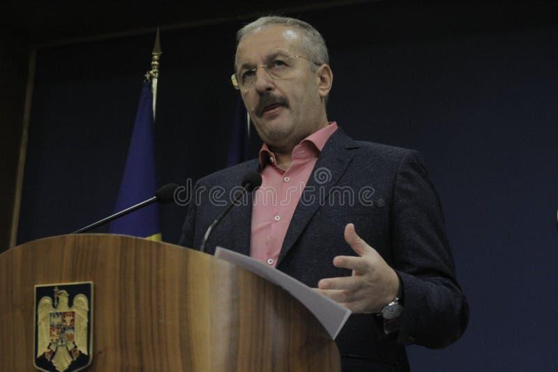 Vice-premier ministre roumain conférence de presse de Vasile Dincu photo libre de droits