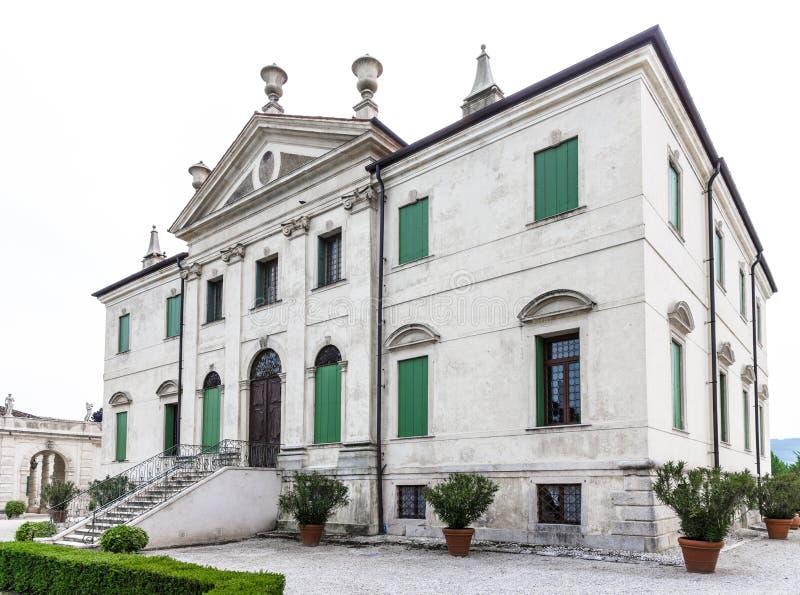 Vicenza, Vêneto, Itália - casa de campo Cordellina Lombardi, construído em 18t imagens de stock royalty free