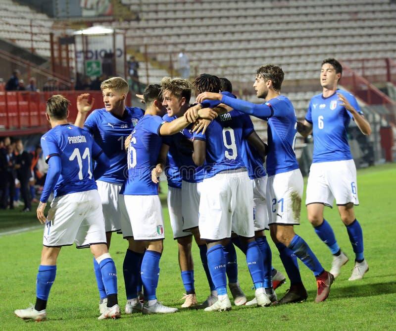 Vicenza VI, Italien - Oktober 15, 2018: Fotbollsmatch Italien vs Tunisien under 21 italienskt lag royaltyfri foto