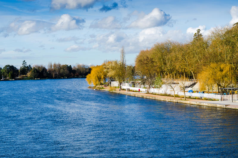 Vichy, Frankreich, Dock, Auvergne stockfotos