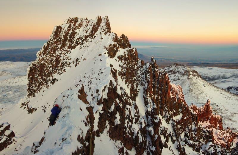 Vicino alla montagna Aragats Armenia Il più alto picco armeno del ` s Autunno in Armenia immagini stock libere da diritti