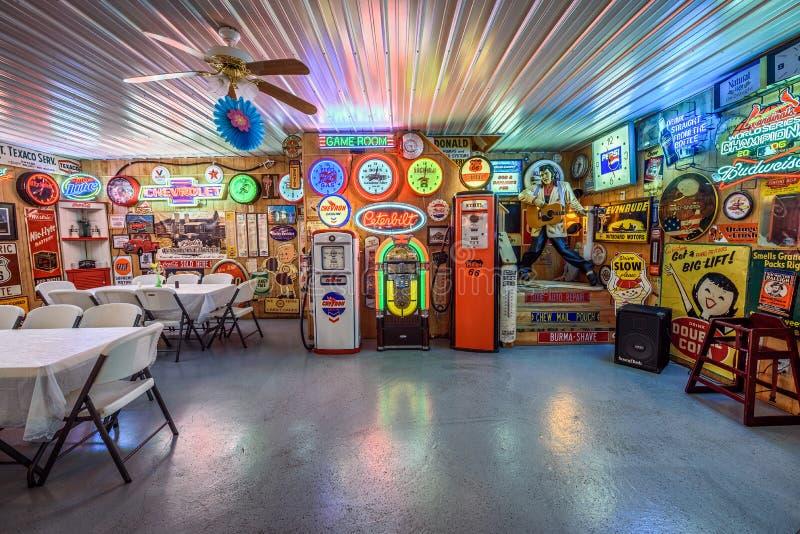 Vicolo della benzina di Bob sull'itinerario storico 66 nel Missouri fotografie stock libere da diritti
