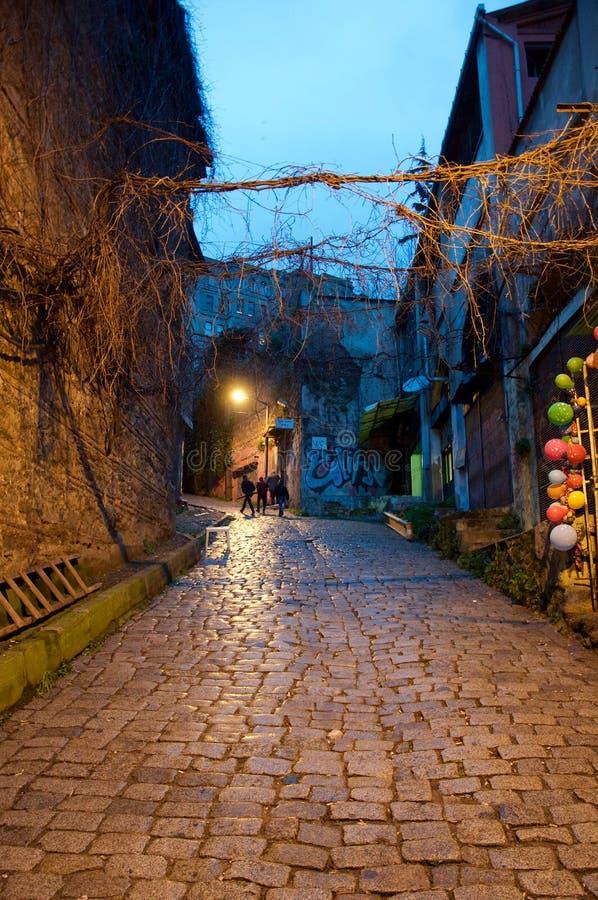 Vicolo in salita a Costantinopoli fotografia stock libera da diritti